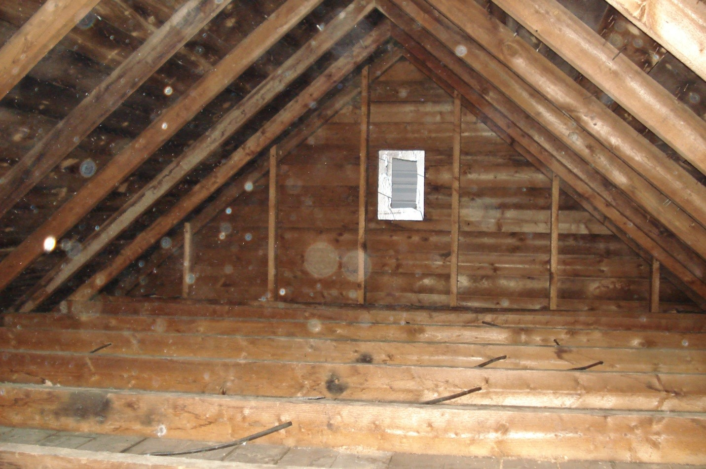 Top 6 Benefits of Cellulose Insulation for Hamilton Homeowners